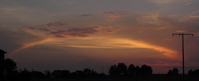 Bogenlichterscheinung bei Sonnenuntergang